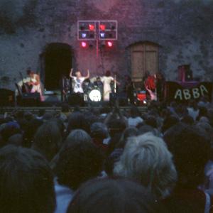 ABBA i Borgholms slottsruin 1975